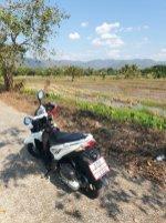 en scooter aux alentours de Chiang Mai - l'autre ailleurs en Thaïlande, une autre idée du voyage