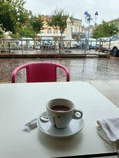 un été bien pourri, je fais un pause chocolat à Tonneins (47) - l'autre ailleurs en Vélo, une autre idée du voyage (www.autre-ailleurs.fr)