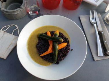 dîner au restaurant avec Laurie une amie de longue date lors de mon passage chez elle à Lormont (33) - l'autre ailleurs en Vélo, une autre idée du voyage (www.autre-ailleurs.fr)