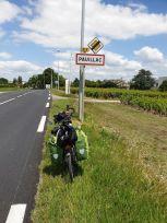 encore un nom très évocateur en matière de vin, ici Pauillac (33) - l'autre ailleurs en Vélo, une autre idée du voyage (www.autre-ailleurs.fr)
