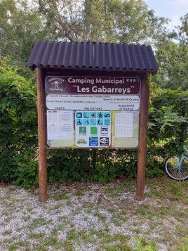 """au camping municipal """"Les Gabarreys"""", que je recommande, un délicieux havre de paix à Pauillac (33) - l'autre ailleurs en Vélo, une autre idée du voyage (www.autre-ailleurs.fr)"""