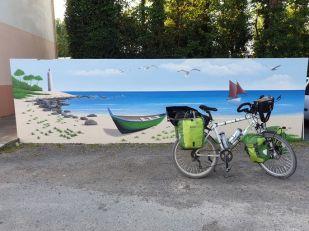 """agréablement posé au camping """"Le Petit Pavillon"""" à Saint-Gilles-Croix-de-Vie (85) - l'autre ailleurs en Vélo, une autre idée du voyage (www.autre-ailleurs.fr)"""