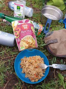 quelques fois on tombe sur de bonnes surprises avec les plats cuisinés, cette fois-ci non :( au camping à Vannes (56) - l'autre ailleurs en Vélo, une autre idée du voyage (www.autre-ailleurs.fr)
