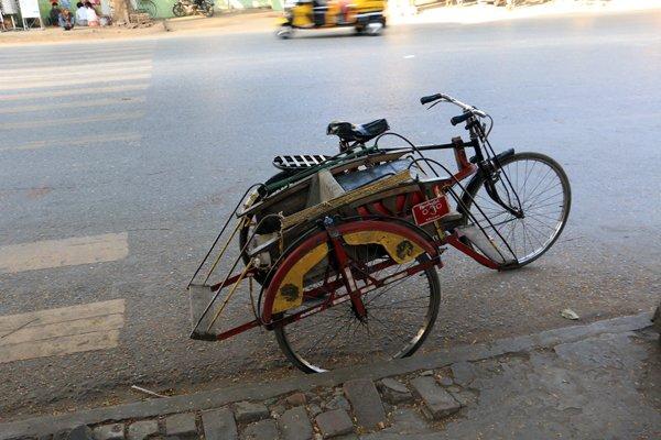 Le vélo porteur à Mandalay au Myanmar - l'autre ailleurs au Myanmar (Birmanie) et Thaïlande, une autre idée du voyage