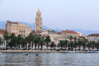 le port de Split et la vieille ville - l'autre ailleurs en Croatie, une autre idée du voyage