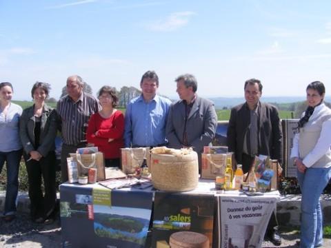 Cantal Tourisme, présentation des Kits Accueil 2009