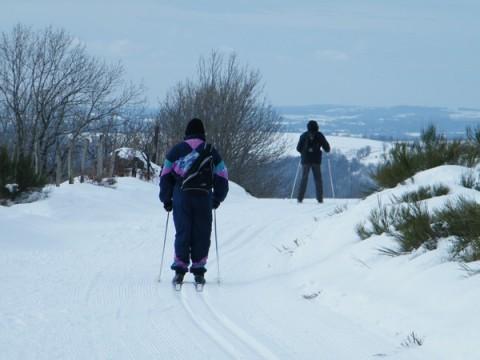 Ski de fond dans le Cantal: Pailherols les Flocons Verts