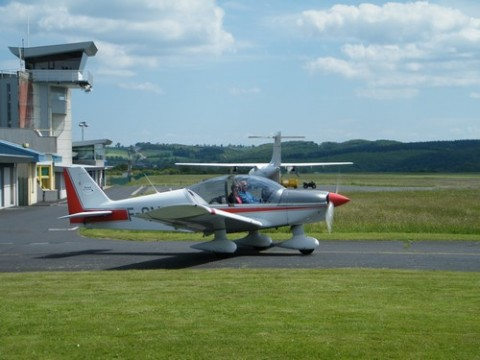 Apprendre à piloter et baptêmes à l'Aéroclub du Cantal