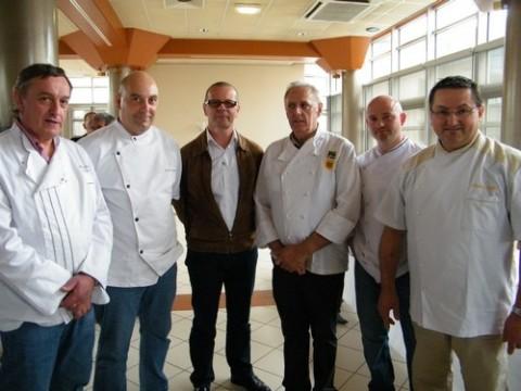 Pâtissiers du Cantal (APPAT) et Eric Roux au centre