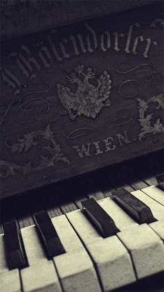 70 Music iPhone Wallpapers For Music Manias Old Piano Keyboard Closeup iPhone 5 Wallpaper