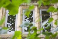 Pear Tree Inn's windows