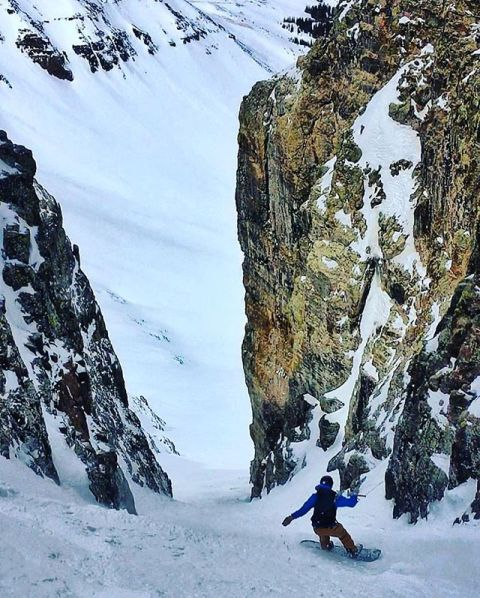 Spring is time for adventure! @devinthemountains is still getting after it, are you? Photo: @madcrowell  #seekthestoke #snowboarding #notoverit