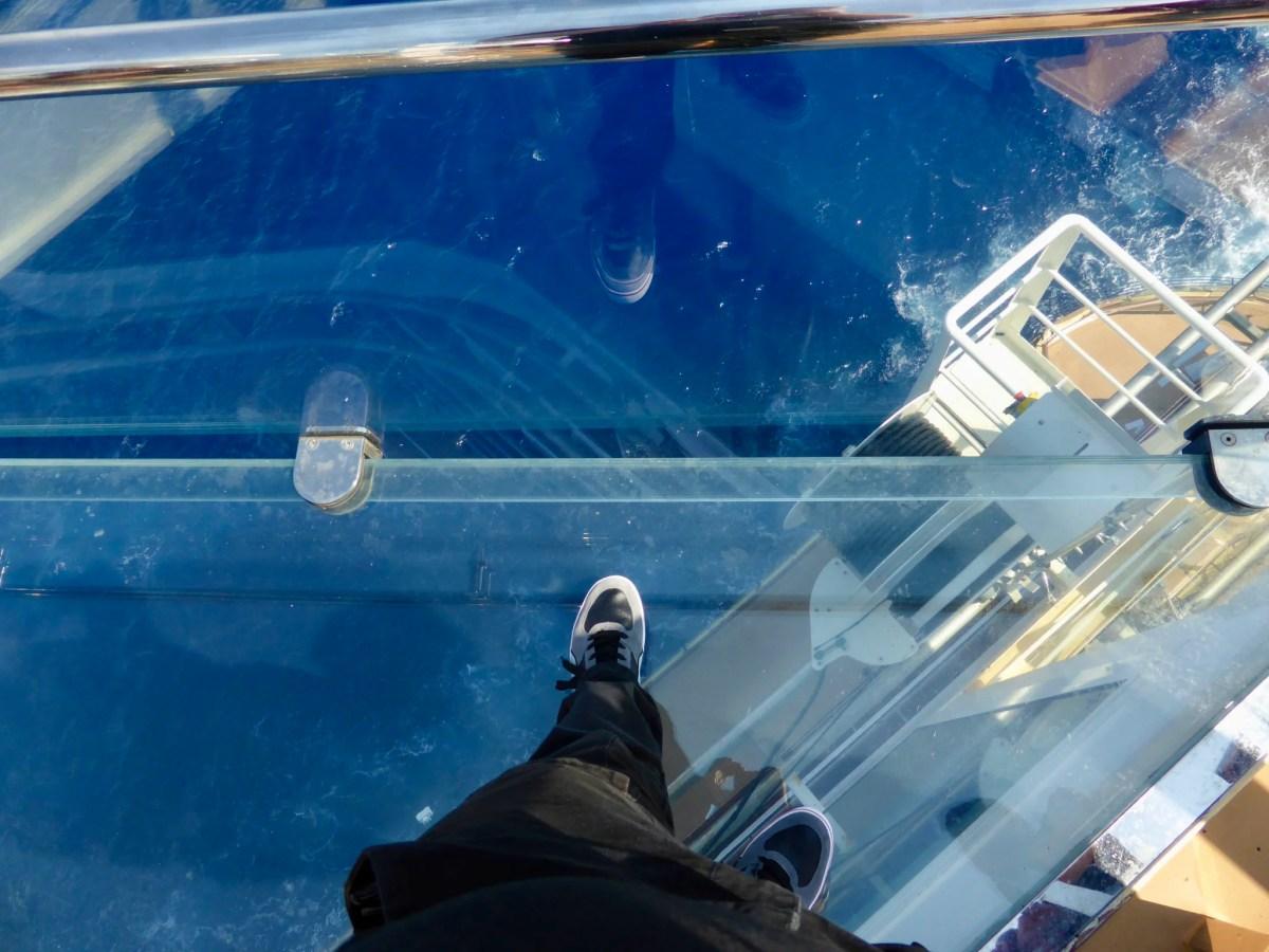 Auf dem blauen Balkon konnten Schwindelfreie 37 Meter über dem Meer den Blick aufs Wasser riskieren.