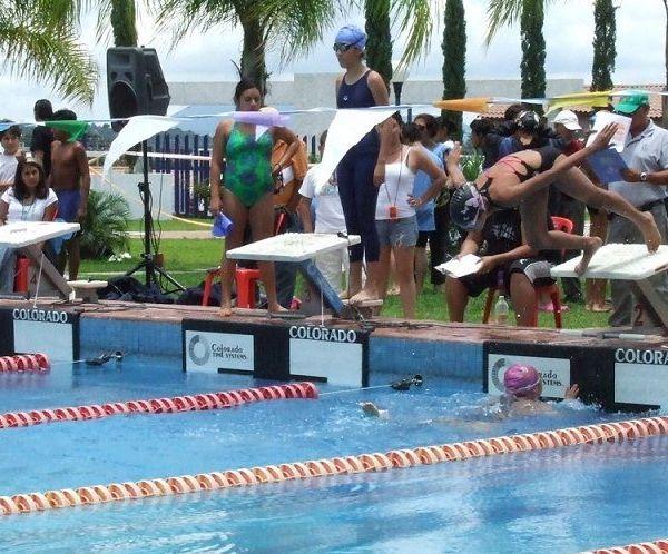 Asociación Morelense de Natación (AMORNAC), que dirige Elena Zepeda Flores