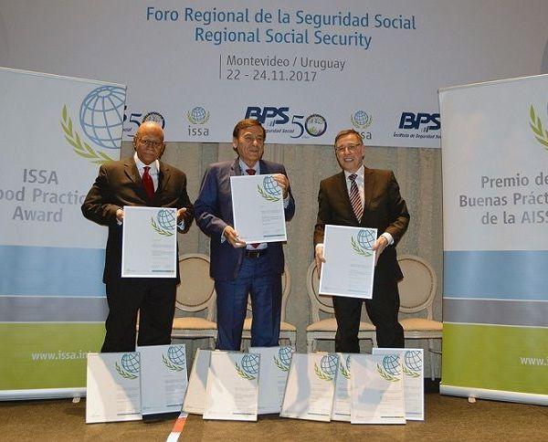 Banco de Previsión Social, de ese país, en el marco del Foro Regional de la Seguridad Social para las Américas