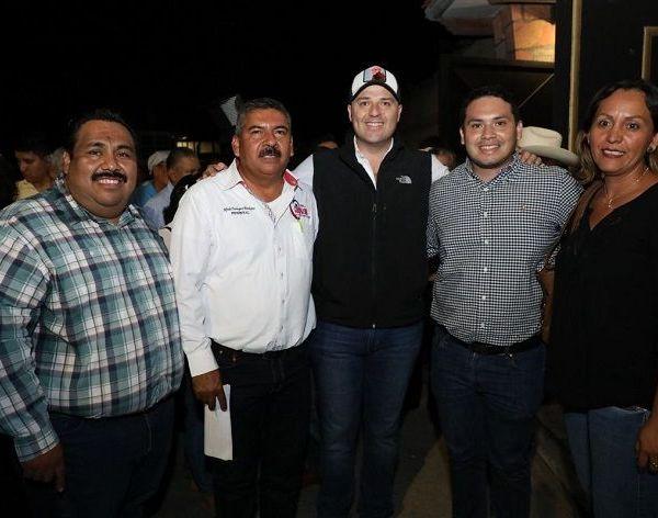 Rodrigo Gayosso agradeció a sus amigos y militantes la oportunidad de compartir su experiencia como ex dirigente estatal del Sol Azteca, e intercambiar opiniones sobre la situación en la que se encuentra la entidad