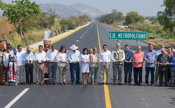 los alcaldes Manuel Agüero Tovar, de Jiutepec, y Fernando Aguilar Palma, de Emiliano Zapata