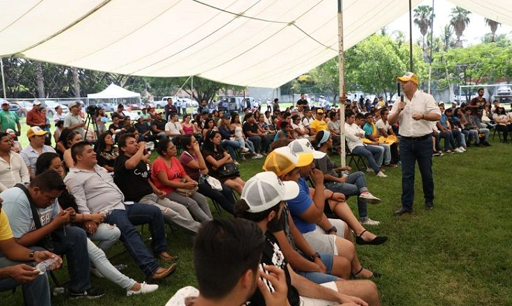 Rodrigo Gayosso afirmó que durante su gobierno destinará un fondo por 200 millones de pesos al mes, para reconstruir la infraestructura de la localidad, su cultura y el comercio, de una forma planificada a largo plazo y de manera sustentable