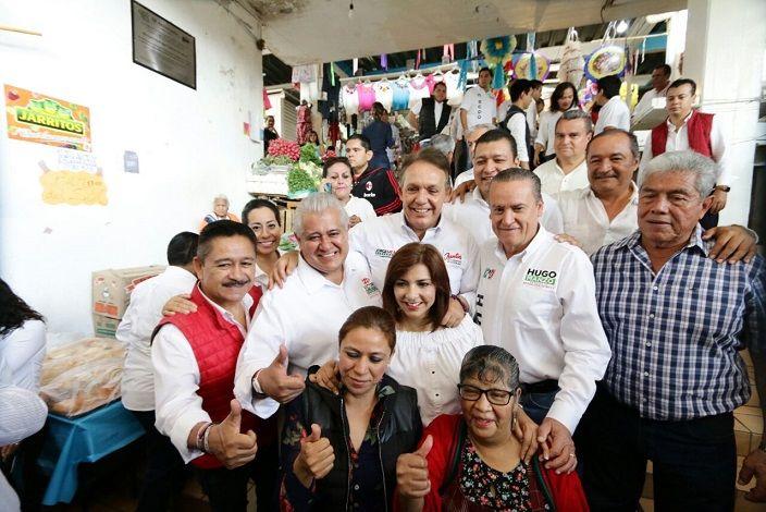 """En Cuernavaca, Jorge Meade destacó la importancia de impulsar a personajes que conocen las necesidades de la comunidad, como lo son Víctor Saucedo y Hugo Manzo, """"gente con experiencia y mucho amor a Morelos"""""""