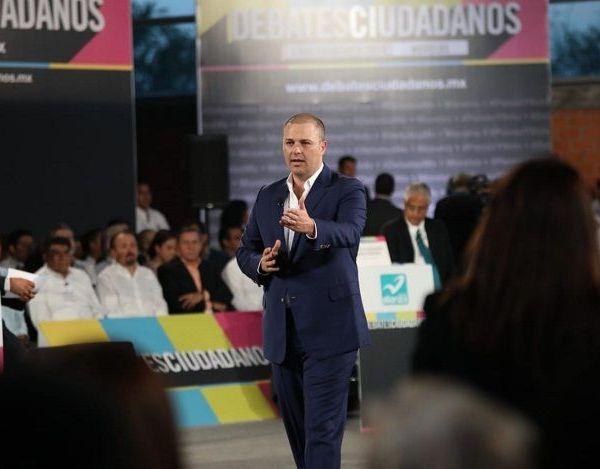 Afirmó que Morelos merece un gobierno eficiente e inteligente, con pleno compromiso con la transparencia, por ello se comprometió a implementar: Contraloría ciudadana; herramientas tecnológicas y participación de la sociedad en comités de licitaciones y adquisiciones