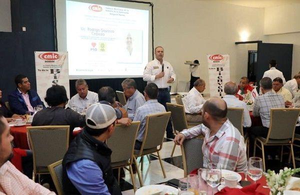 Se reunió con integrantes de la Cámara Mexicana de la Industria de la Construcción (CMIC), a quienes dio a conocer sus propuestas en materia de seguridad y desarrollo económico