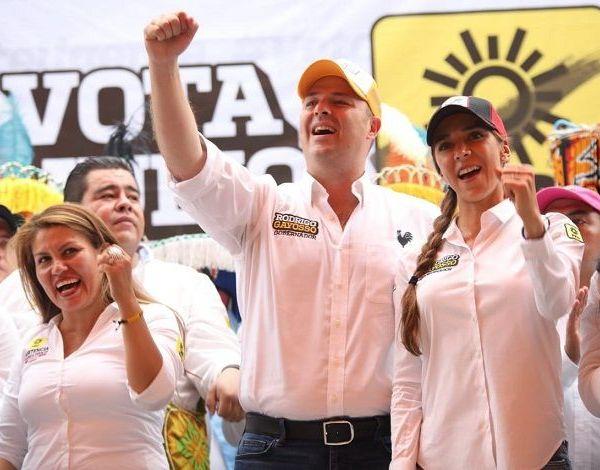 """en Emiliano Zapata, Rodrigo Gayosso afirmó que en Morelos los únicos partidos que representan la izquierda y las necesidades de los ciudadanos son el PRD y el PSD; invitó a los morelenses a votar el 1 de julio por la coalición """"Juntos por Morelos""""."""