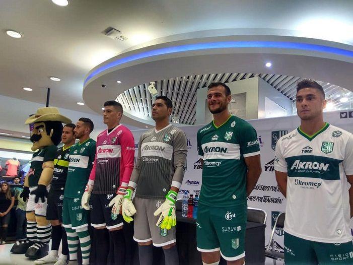 Presentan Nuevos Uniformes Del Club Atletico Zacatepec Avance De Morelos