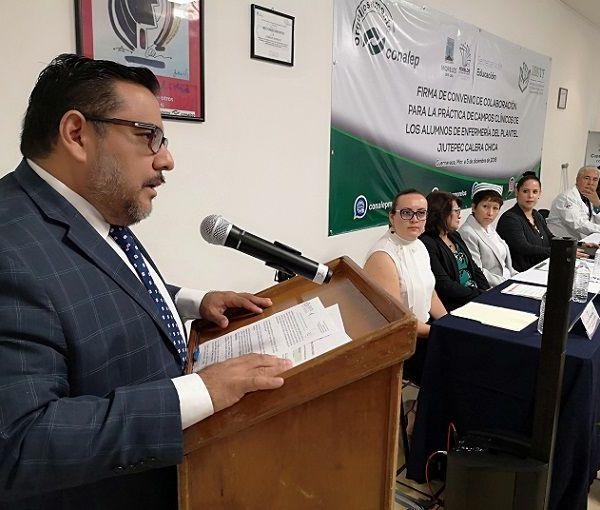 Al hacer uso de la palabra, Herrera Alonso destacó el interés reciproco, del CONALEP Morelos y el ISSSTE, en mejorar la enseñanza teórico-práctica de sus estudiantes de Enfermería a fin de coadyuvar en su desarrollo profesional, mediante el desempeño del servicio social y las prácticas profesionales