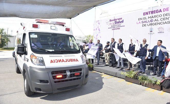 el Gobernador dio el banderazo de salida a los vehículos equipados para emergencias básicas, en las instalaciones del Centro de Coordinación, Comando, Control, Comunicaciones y Computo (C5 Morelos)