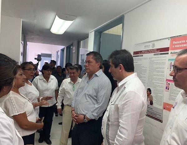 El edil resaltó que con esta acción se atiende un compromiso de campaña hecho por el hoy gobernador Cuauhtémoc Blanco Bravo y por él para brindar una mayor cobertura de atención médica a la población jiutepequense a través de consultas generales en turnos matutino y vespertino