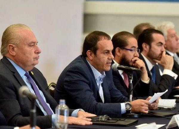 En el segundo encuentro con representantes de grupos de la sociedad civil organizada, manifestó la apertura de su gobierno para el diálogo y de esta manera escuchar propuestas reales que contribuyan a restablecer el Estado de Derecho y de paz social en el territorio estatal
