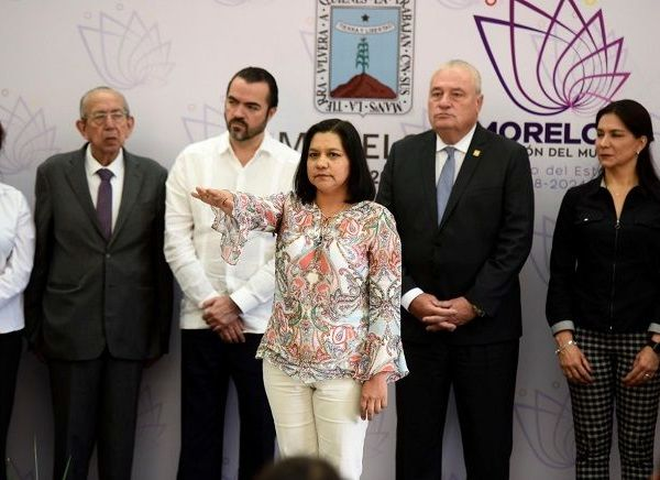 Margarita María Galeana Torres fue directora general de Ganadería y Acuacultura en la administración del gobernador Graco Ramírez y gerente del Agroparque Morelos y provienen de una familia de acuaproductores, industria que ha colocado al estado como el principal productor de peces de ornato en el país
