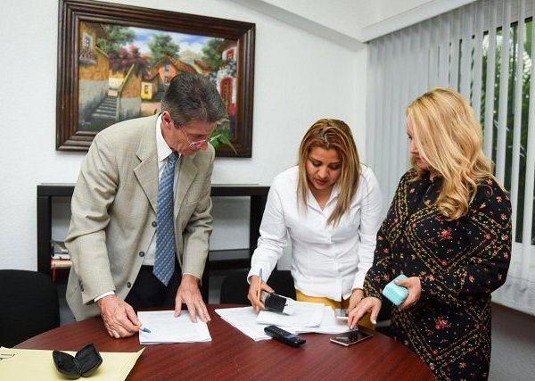 Lo anterior, en cumplimiento del acuerdo del pleno del Sistema Estatal para Atender, Sancionar y Erradicar la Violencia contra las Mujeres (SEPASE), con el que se ordenó se diera inicio con la investigación y acreditación de 70 millones 590 mil 589 pesos con sesenta centavos, que se presupuestaron en el año 2017 para el programa Integra Mujeres Morelos