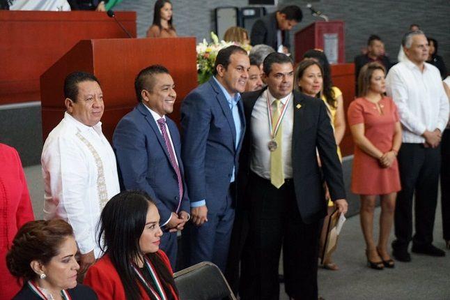 El secretario de Gobierno, Pablo Ojeda Cárdenas, confirmó la noticia e informó que aceptó la renuncia José de Jesús Guizar, a quien agradeció ampliamente por el trabajo desempeñado en la Subsecretaría de Gobierno y le deseó éxito en los nuevos proyectos que emprenda