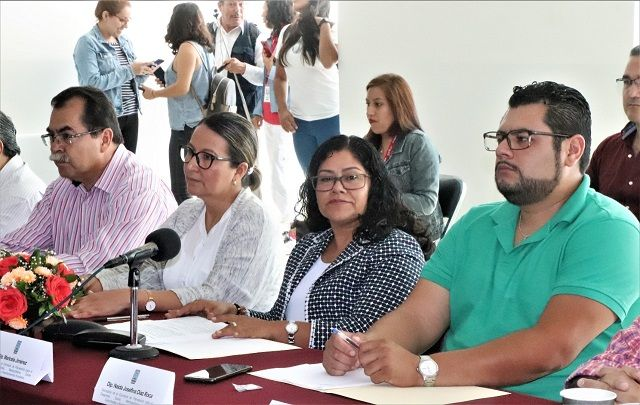 En el evento, denominado Reunión de Trabajo para Analizar y Discutir la Iniciativa de la Nueva Ley de Planeación para el Estado de Morelos, la legisladora Maricela Jiménez estuvo acompañada por su homóloga, la diputada Dalila Morales Sandoval, presidenta de la Comisión de Medio Ambiente, Recursos Naturales y Agua