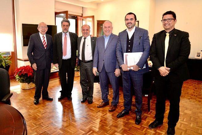 Pablo Ojeda reiteró la voluntad política de la administración que encabeza Cuauhtémoc Blanco Bravo para acompañar ante las gestiones con el Gobierno federal, a fin de encontrar la reestructuración financiera para reactivar el desarrollo de la comunidad universitaria