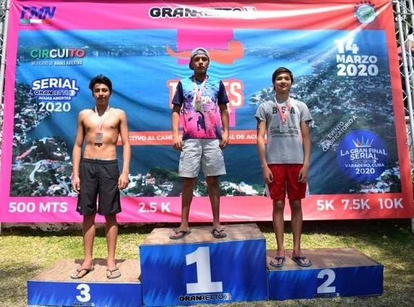 En el evento, que se llevó a cabo el pasado fin de semana, tuvo una excelente participación de más de 500 nadadores, que llegaron puntuales a la cita en la Playa Ejidal San José Vista Hermosa, para competir en cada una de sus divisiones