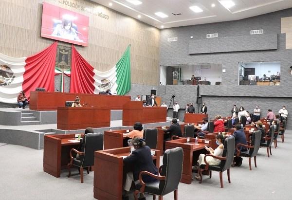 Incluye el aumento en el número de diputaciones de mayoría y plurinominales