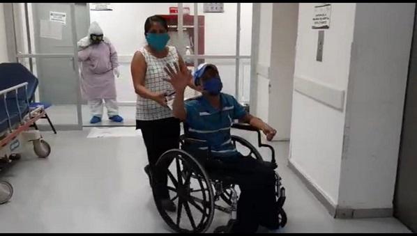 Se trata de un equipo multidisciplinario de 572 profesionales, dividido en seis jornadas, que se encuentra en primera línea de atención de la pandemia en el principal nosocomio de Morelos