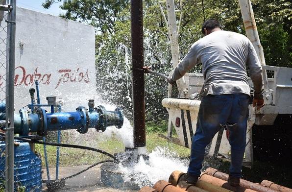 Miguel Eduardo Barrios Lozano, director general del organismo, informó a través de un video que con los trabajos se cumple la instrucción del alcalde Rafael Reyes Reyes respecto a llevar servicios públicos de calidad a la población