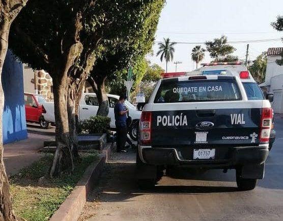 Alrededor de las 14:00 horas de este miércoles 10 de marzo, se recibió una llamada telefónica en la Fiscalía Anticorrupción, en la que reportaban el presunto delito de Cohecho por parte de un agente de la Policía Vial de Cuernavaca; hecho ocurrido sobre Bulevar Cuauhnáhuac