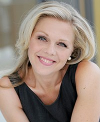 Miah Persson