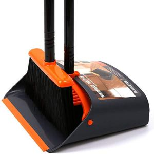 SADDPA Et Balai Balayette Logement Balai Combo Nettoie Longue poignée for Bureau Chambre Hall Sol positionnement Vertical Stand Up Broom et Set Dustpan (Color : Orange Black)