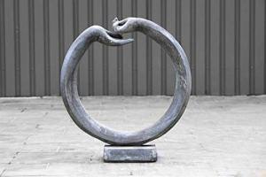 pompidu-living Ornement Mains – Terracotta