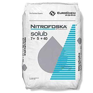 Suinga Savon soluble engrais Nitrofoska 7-5-40. 200 kg en sacs de 25 kg. Recommandé pour la maturation des cultures. 7 % d'azote, 5 % de phosphore, 40 % de potassium, 19 % de soufre.