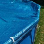 Lot de 15 clips pour bâche de piscine pour rail de 44 mm (par ex. INTEX) – Gain de temps – Protection contre le vent