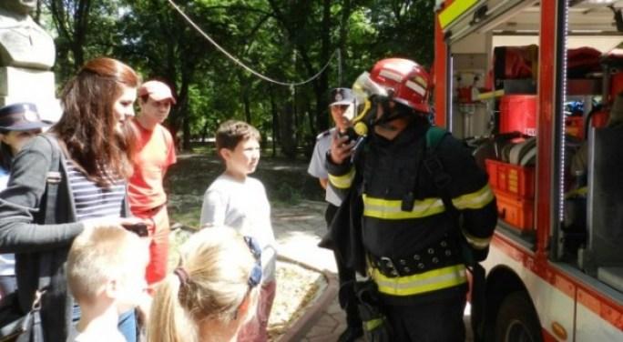 pompierii-si-copiii-655x360