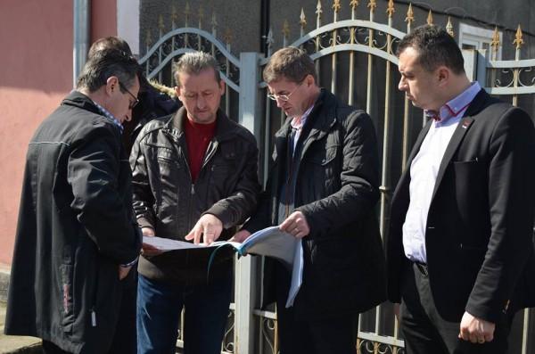 Mai multe străzi din cartierul Colonie al Petroșaniului vor fi asfaltate în acest an