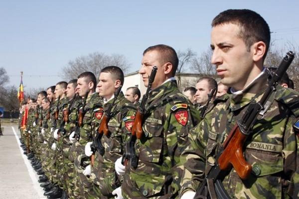 Serviciul militar obligatoriu: bărbaţii cu cetăţenie română au obligaţii stabilite prin lege pentru actualizarea informaţiilor de evidenţă militară