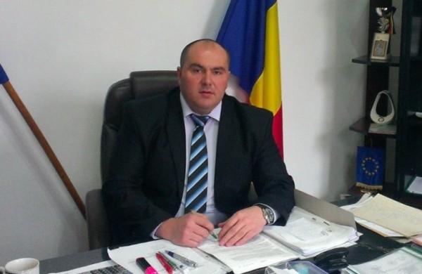 """Vasile Jurca (primarul orașului Petrila): """"Chiar dacă plătim mai mult pentru gunoi, măcar trăim într-un oraș curat, într-un oraș cu aer curat !"""""""